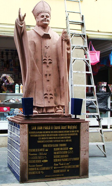 Mexico City - Merced / Talavera  - Baby Jesus Street - Pope John Paul II / Stairway to Heaven