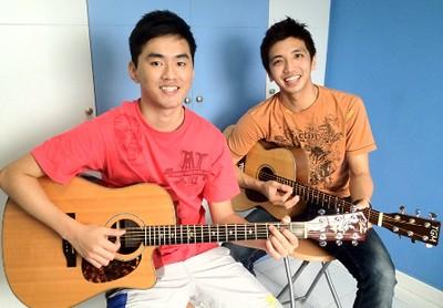 Guitar lessons Singapore Yiren