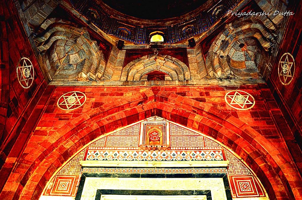 Ancient Indian architecture @Old fort New Delhi | Priyadarshi Dutta