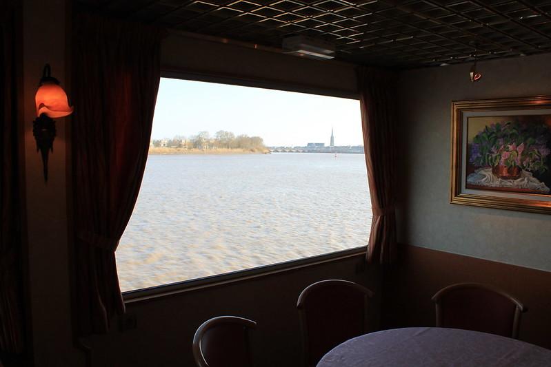 Saint-Michel dans une fenêtre de salon - Visite du ms Princesse d'Aquitaine, 09 mars 2012, Bordeaux