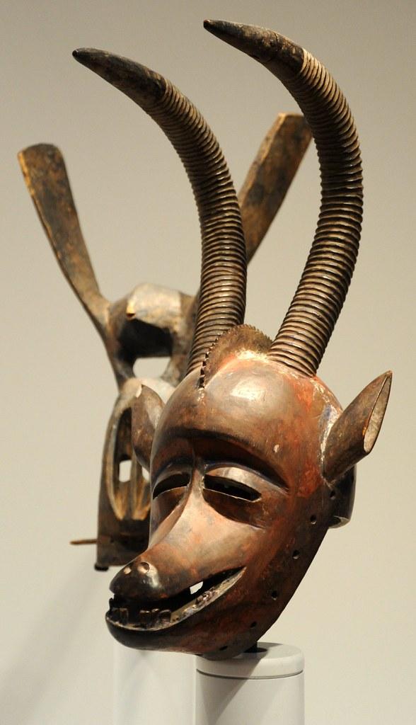 tribal art sculpture