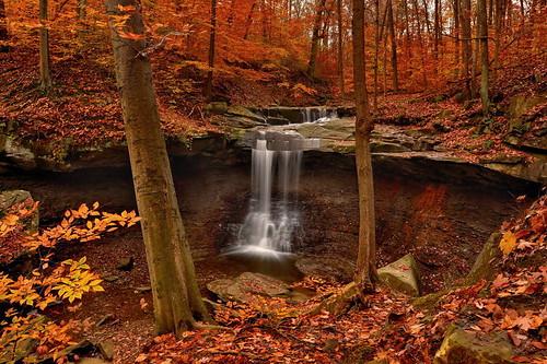 autumn color fall nature waterfall nikon hdr cuyahogavalleynationalpark ndfilter cvnp photomatix bluehenfalls ohiowaterfall nikond90 exposurefused
