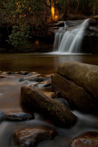 longexposure reflection sc golden waterfall rocks whitewater southcarolina rhododendron rhodo pickenscounty tablerockstatepark jeremylin davidhopkinsphotography