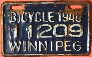 WINNIPEG MANITOBA 1946 ---BICYCLE PLATE