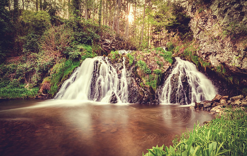 trees sunset panorama water forest sunrise river landscape scotland waterfall highlands nikon long exposure aberdeenshire scottish falls aberdeen sunburst iain 20mm starburst brooks dess d610 18g iainbphoto
