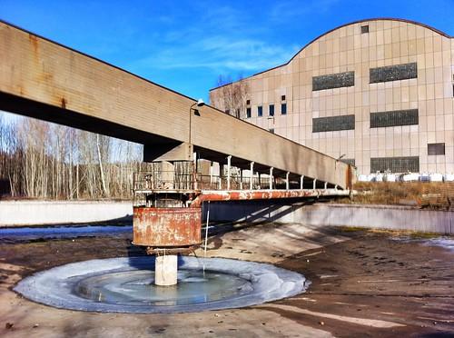Frozen Pool   by radioross