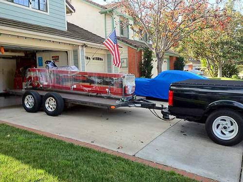 Backyard-Buddy-lift-crate-on-trailer   Backyard Buddy ...