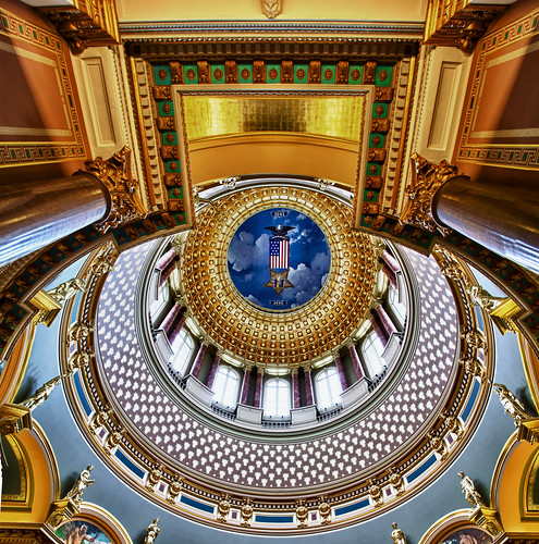 desktop wallpaper house abstract art architecture canon buildings artwork midwest screensaver famous indoor iowa historic lookingup capitol governor dome 7d huge government law tall legislature lawyer hdr highdynamicrange senate 2012 desmoines multipleexposures copula secretaryofstate 1585 darylbeall desmoinesisnotboring
