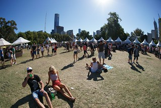 Part of the crowd, Moomba, Melbourne | by Joe Lewit