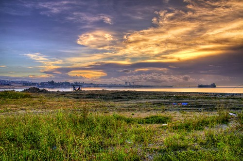 sunrise dramatic cebu hdr