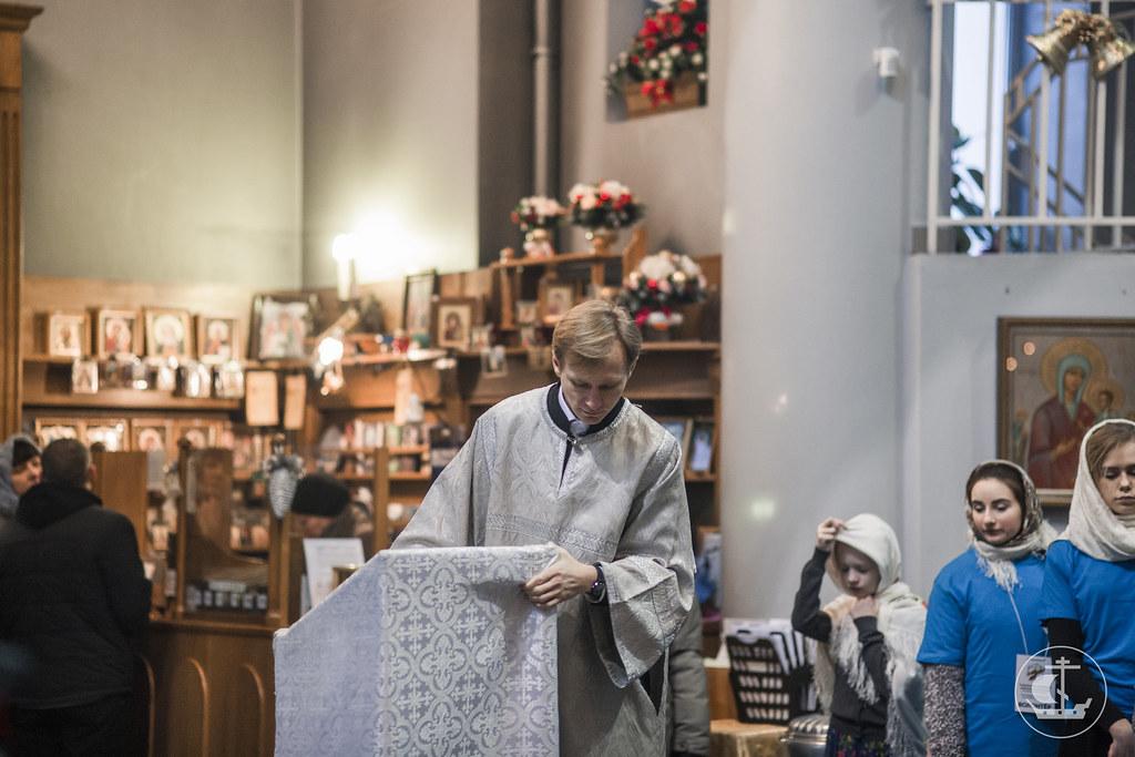 "24 января 2017, Литургия в Успенском ""блокадном"" храме / 24 January 2017, Divine Liturgy in the church of Dormition (""Siege of Leningrad church"")"