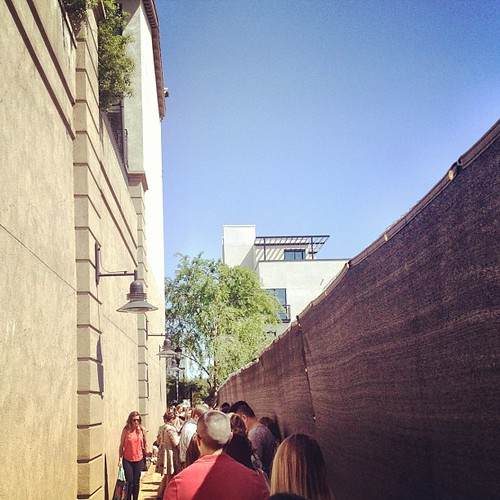 The line is wrapped around down an alley for @GDeLaurentiis #WeeknightswithGiada | by justin_levy