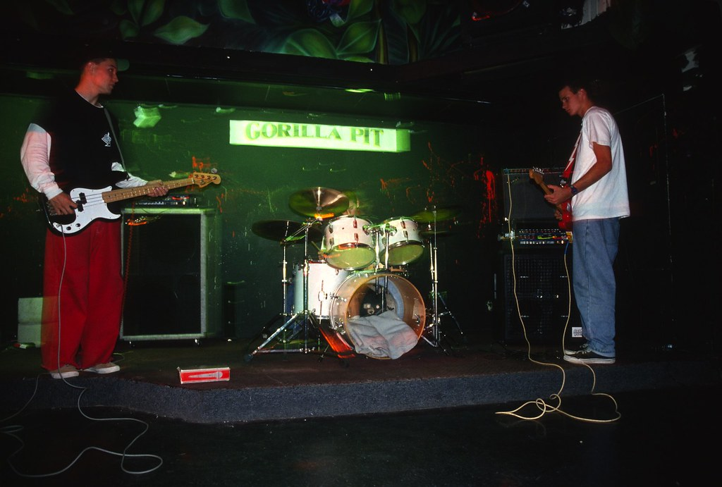 Blink-182 at the Gorilla Pit in October 1993