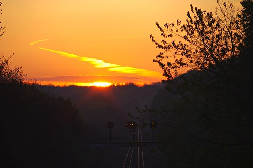 railroad morning sunrise pentax pennsylvania tracks tokina pa greensburg manual 70200 kx szx