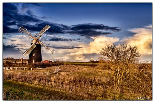 uk sunset mill windmill over sails cambridgeshire millstones workingmill nikond5100