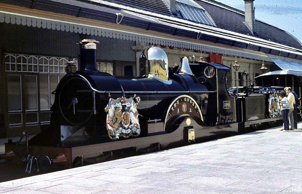 6897019829 1cf4603d4e b - Tinpot Railways: Terminal decline #3