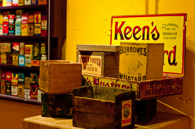National Mustard Museum, mustard boxes