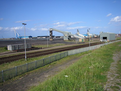 Bates Staithes line   by limitofshunt