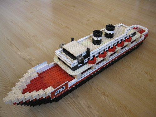 ''Titanic'' toyshopmodel made by Lego 1965