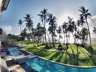 Castaways Resort & Spa, Mission Beach  Pool and balcony vi