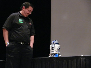 BBTB 2012: Opening Ceremony: Kevin Hinkle and R2-D2 4 | by Bill Ward's Brickpile