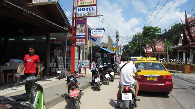 Koh Samui Chaweng Beach Road サムイ島チャウエンビーチロード.jpg (2)