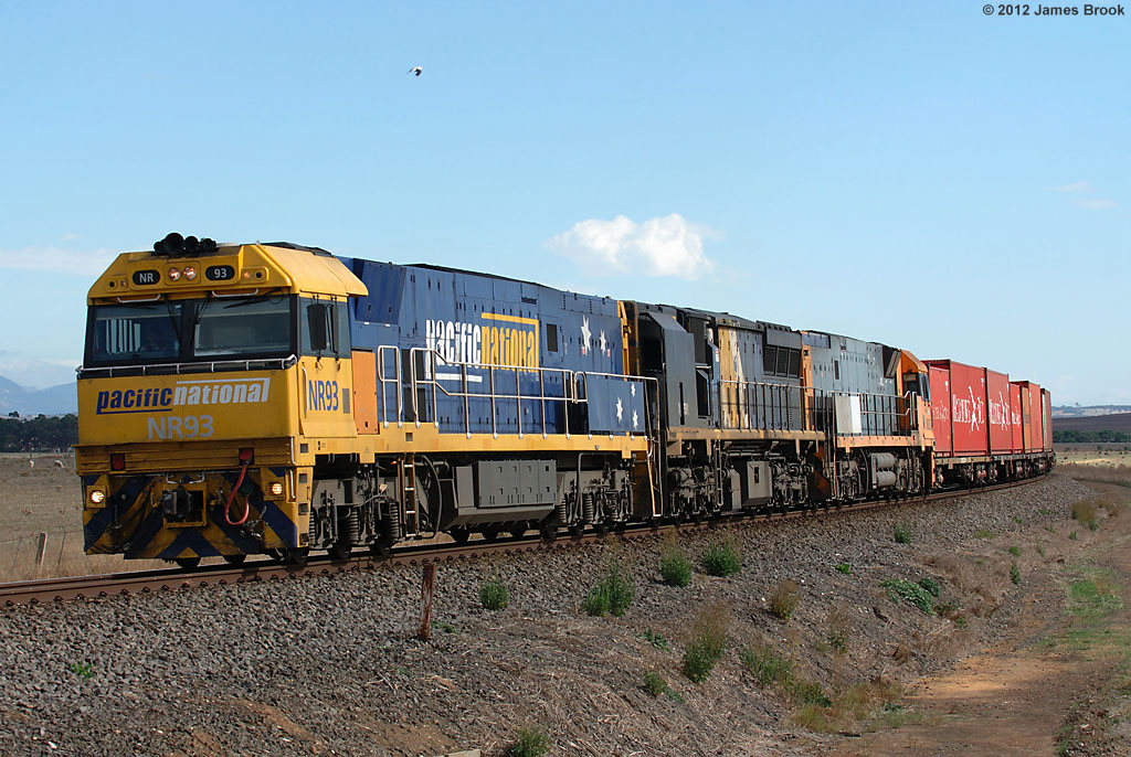 NR93, XRB561 and NR83 between Maroona and Tatyoon with 6AM3 by James Brook
