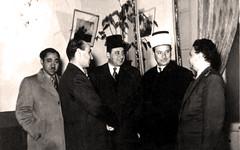 الأستاذ سيد قطب و الأميري و محمد محمد الصواف ( العراق) و علال الفاسي