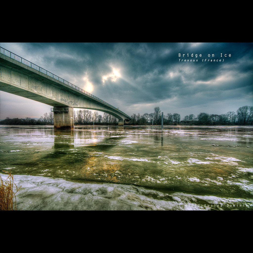bridge on Ice | Trevoux (France) {explored}