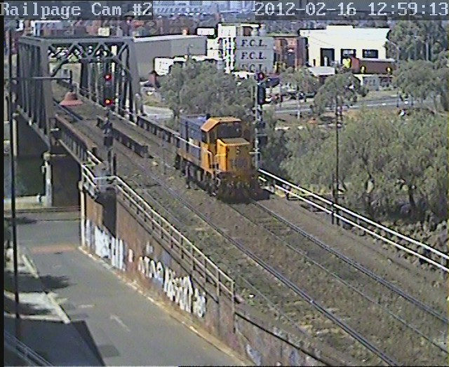 T400 by Railpage Bunbury Street