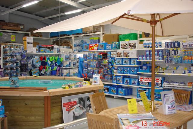 plus bas rabais sur des pieds à sur des pieds à Magasin piscine Chavanod près de Annecy 74 Haute-Savoie ...