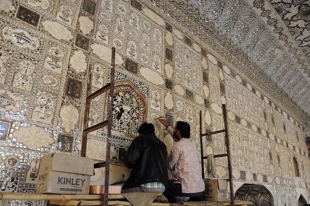 Restoring the Sheesh Mahal