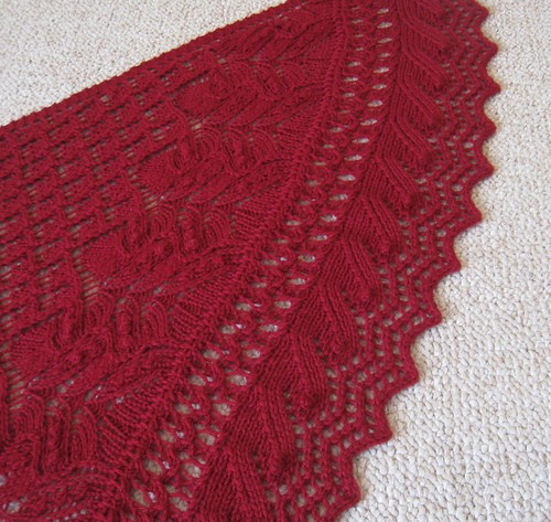 Juneberry Triangle handknit shawl | by mediaperuana