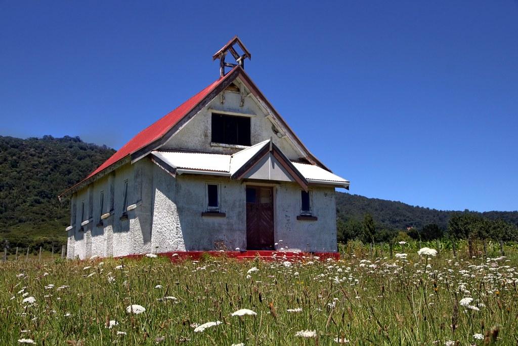 Old church, Omaio, Bay of Plenty, New Zealand | An old aband