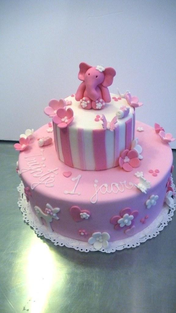 Pleasing Little Girls 1St Birthday Cake Cakeamsterdam Com One Flickr Personalised Birthday Cards Veneteletsinfo