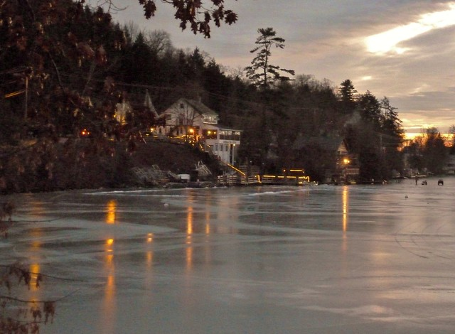 Lake House CMV