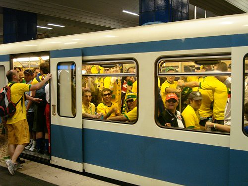 Crowded subway with brazilian fans | by André Gustavo