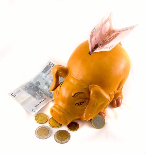 Piggy Bank   by annia316