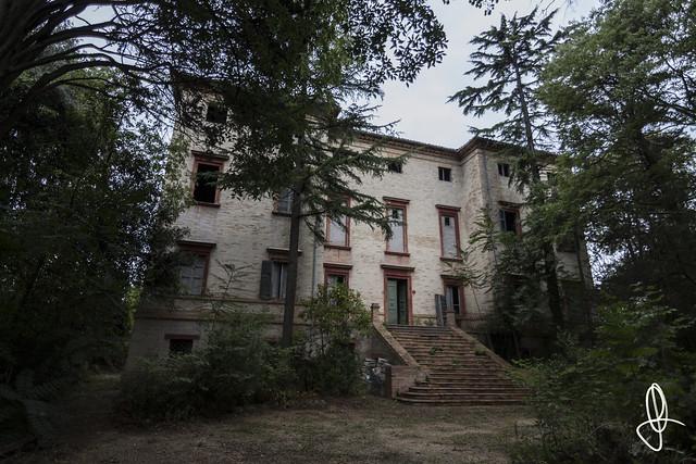 |URBEX| Ex Villa P.s.E.