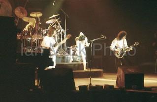 Queen live @ Calgary - 1977