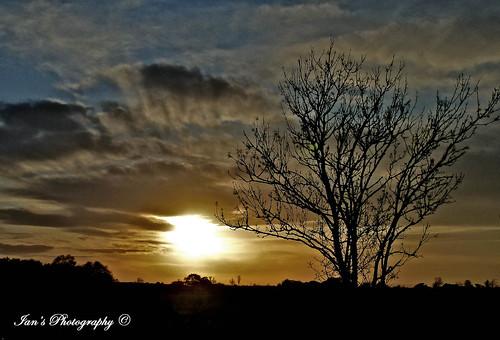 light sunset england sky beautiful composition landscape interesting lowlight focus exposure colours creative