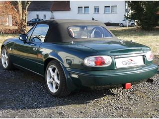 Mazda_MX5_NA_nb-style_glasscheibe_regenrinnen_dgrün_schw_02 | by ck-cabrio_creativelabs