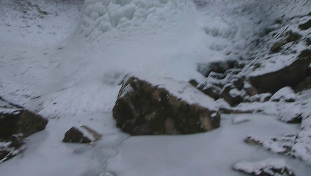 Video de la photo de la grande cascade de glace le long de la Brème avec Guy