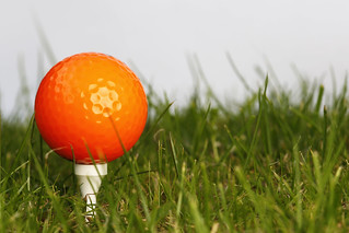 Golfball (orange) | by Tim Reckmann | a59.de