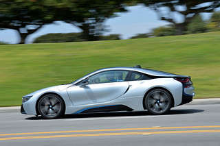 BMW-2014-i8-on-the-road-16