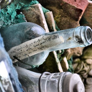 Note in a bottle at the Magic Gardens | by Jason A. Howie