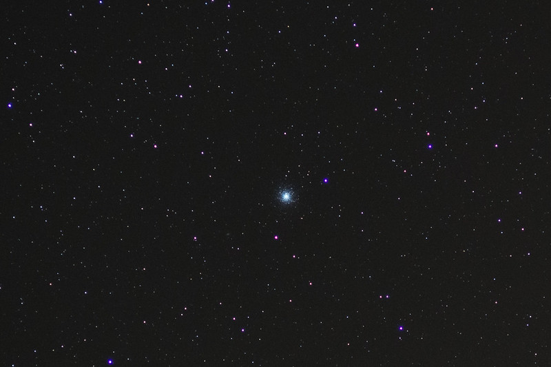 M13 Hercules Cluster 135mm cropped