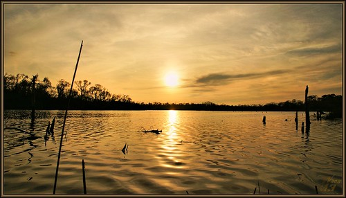 sunset lake reflection water clouds photography golden bravo texas canoe bayou pasadena paddling armandbayou flickrdiamond