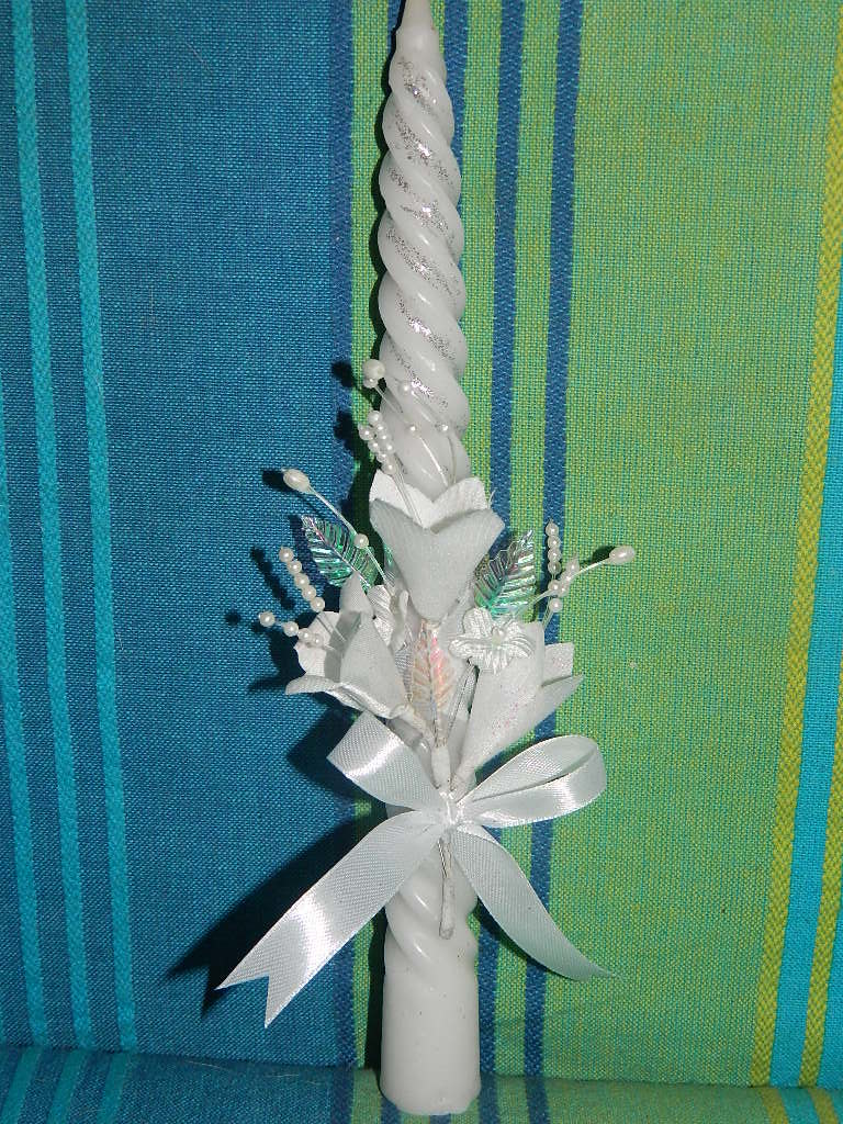 First Holy Communion Decorated Candle This Was Done For Th Flickr