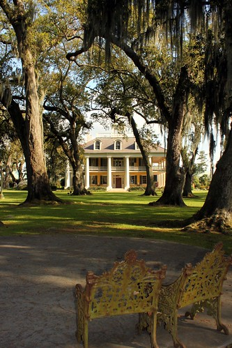 park new house garden bench la big orleans louisiana plantation nola parkbench bighouse houmas houmashouse yabbadabbadoo konomark